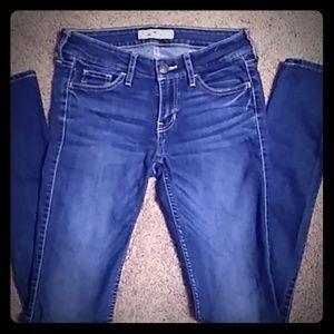 NWOT Hollister Women's size 0R 👖 Jean's